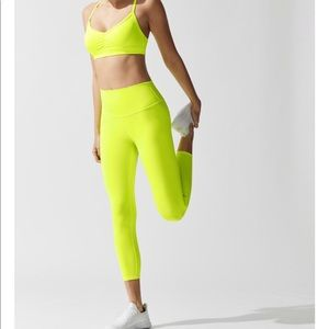 ALO Yoga Pants - Alo Yoga 7/8 Airbrush Legging
